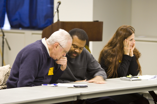 Advocates Dr. Peter Montague and Dr. Nicky Sheets confer during Envrionmetnal Justice Advisry Councile 12/2/09 meeting