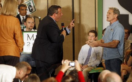 Christie gets big in California (photo credit: Star Ledger)