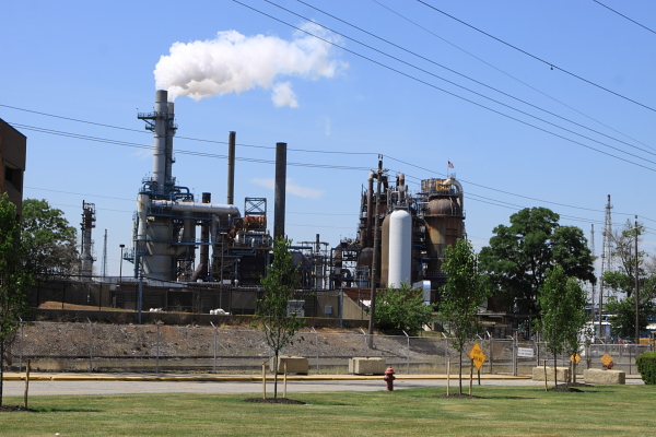 ConocoPhillips Bayway refinery (Linden, NJ)
