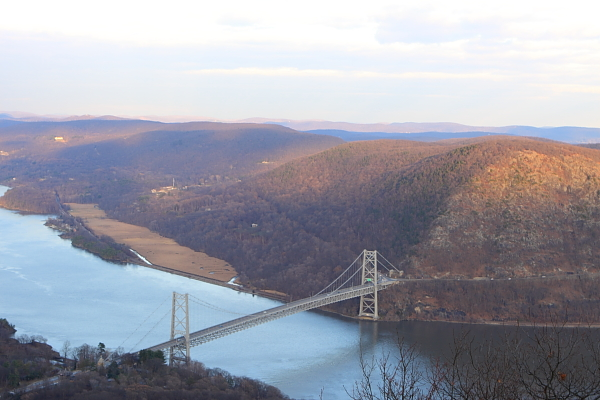 Bear Mountain bride was the longest suspension bridge in the world when it was built in the 1920's
