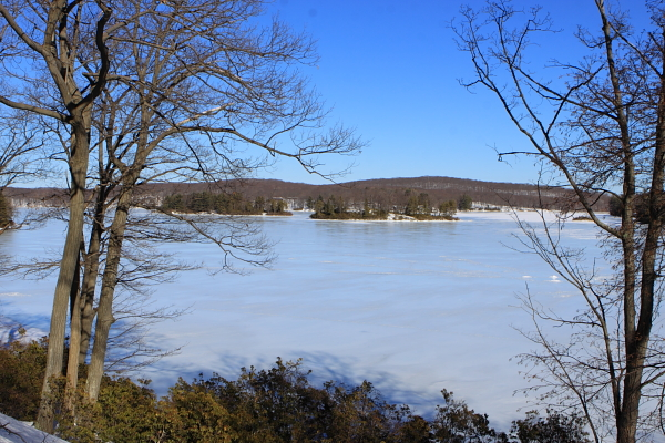 Lake Titoratti - Seven lakes Drive, Harriman State park. Doesn't get any better than this. o