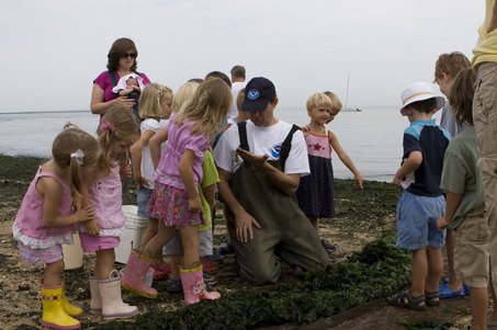 NOAA scientist w/kids at Sandy Hook