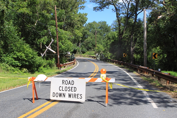 Wertsville Road closed (at bridge just past Rocktown Road)