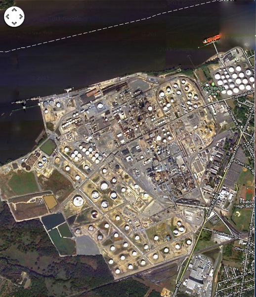 Paulsboro Refinery on Delaware River (Google maps)