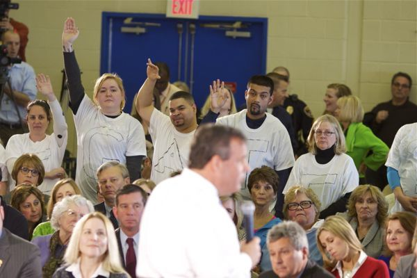 "Gov. Christie ignores questions from ""Bridgegate"" protesters at Flemington Town Hall (3/20/14)"