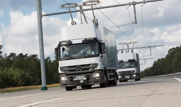 "World's first ""eHighway"" for electrified trucks to be trialled in California"
