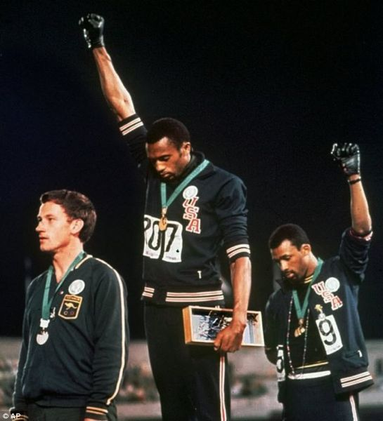 Mexico City: Tommie Smith and John Carlos mad ea protest in 1968 on the podium