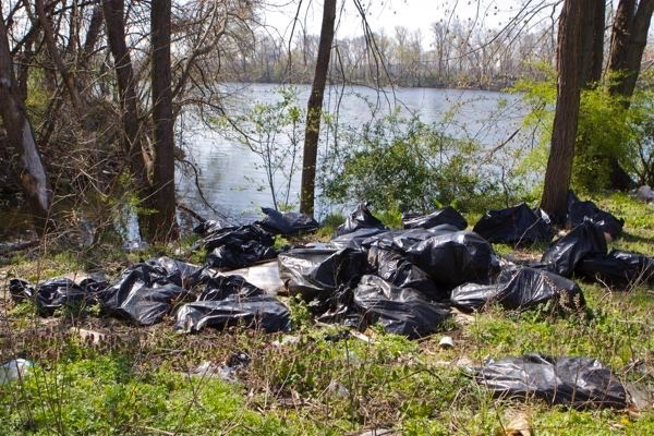 massive garbage dumping and litter along Delaware River on Duck Island, Trenton, NJ (April 2016)